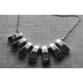 Beautiful Necklace In Silver With Black Beads