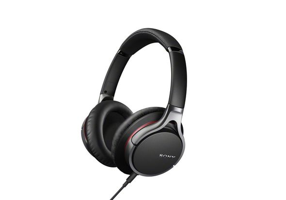 Sony MDR-10R Noice Cancellation Headphones