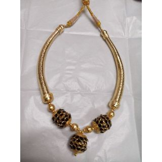 Black, Gold Color Necklace Set-GI36231