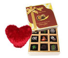 Sweet Moment With Dark Chocolate With Heart Pillow - Chocholik Luxury Chocolates