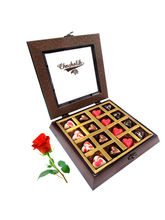 Love Heart Chocolates With Red Rose - Chocholik Be...