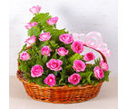 Giftacrossindia Pretty Pink Rose Basket (GAIMPHD0584), 1000 gms