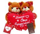 Creativity Centre Valentine Sweetheart Adorable Couple Bear With Heart N Chocolate