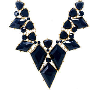 Stylish Black Stones Adorned Fashion Necklace For Women