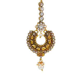 Gold Tone Maang Tikka Adorned With White Stones