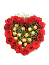 Ferns N Petals Heart Shape Love-Rose Day