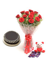Ferns N Petals Flower Cake Hamper - Rose Day
