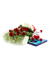 Ferns N Petals Pack Of Love - Rose Day