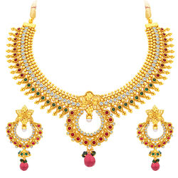 Sukkhi Eye-Catchy Gold Plated Necklace Set For Women