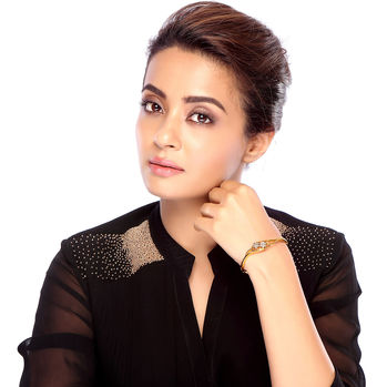 Sukkhi Surveen Chawla Collections Finely Gold Plated CZ Kada